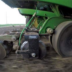 2968 Row-Unit Mount In-Between Dual Wheel Fertilizer Opener in field