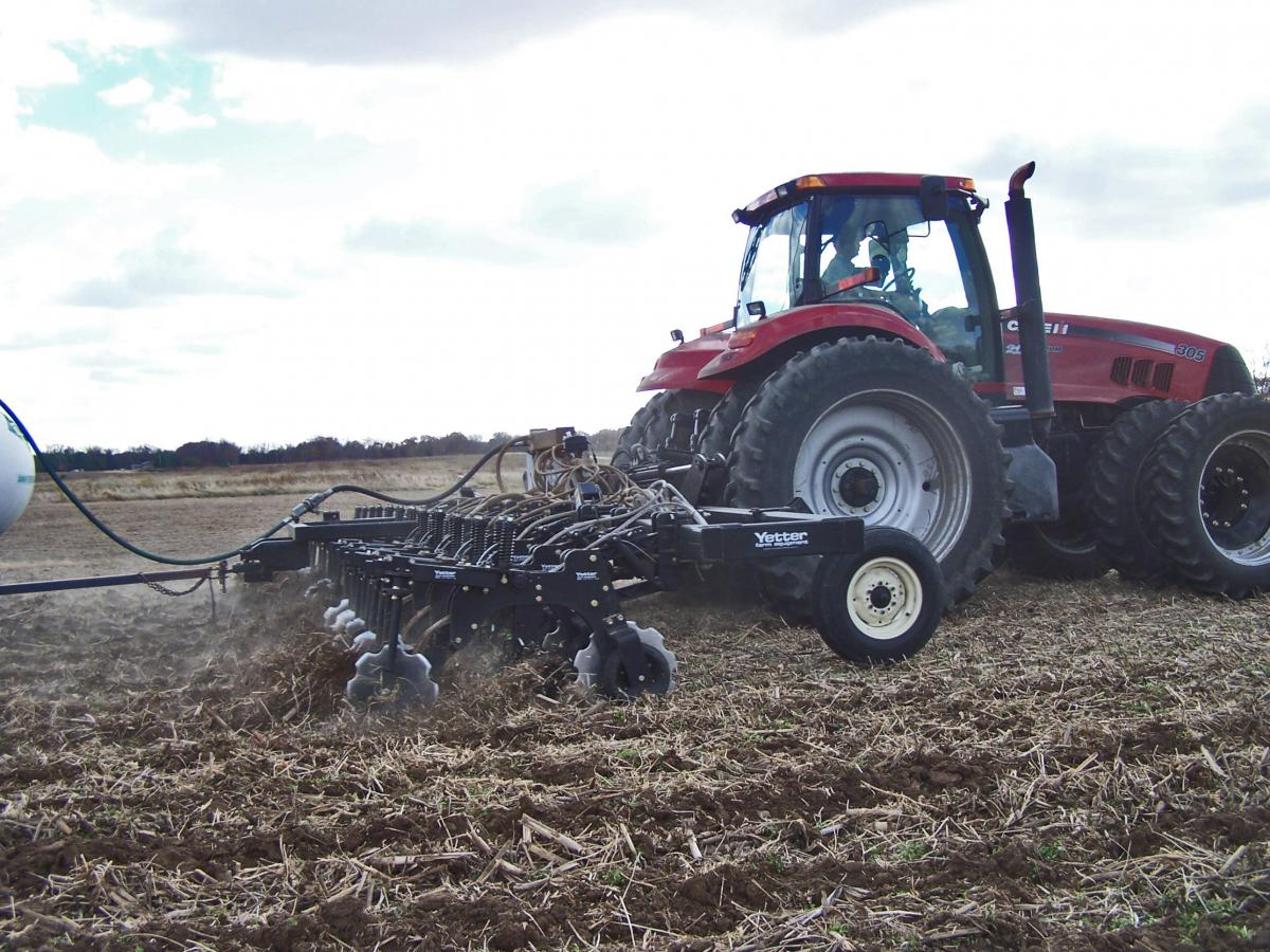 Side view of the 2984 Maverick running in the field