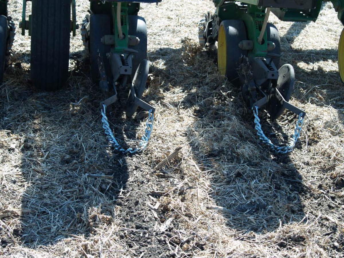 6200 108 Drag Chain Yetter Co