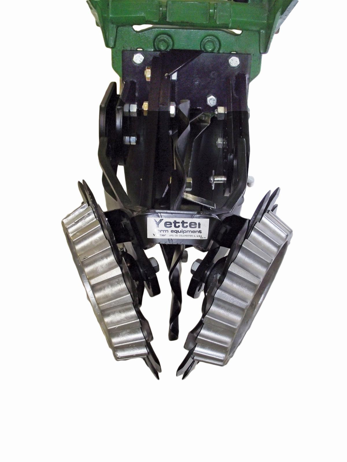 Front view of 2967-007 Floating Row Cleaner for No-Till Coulters