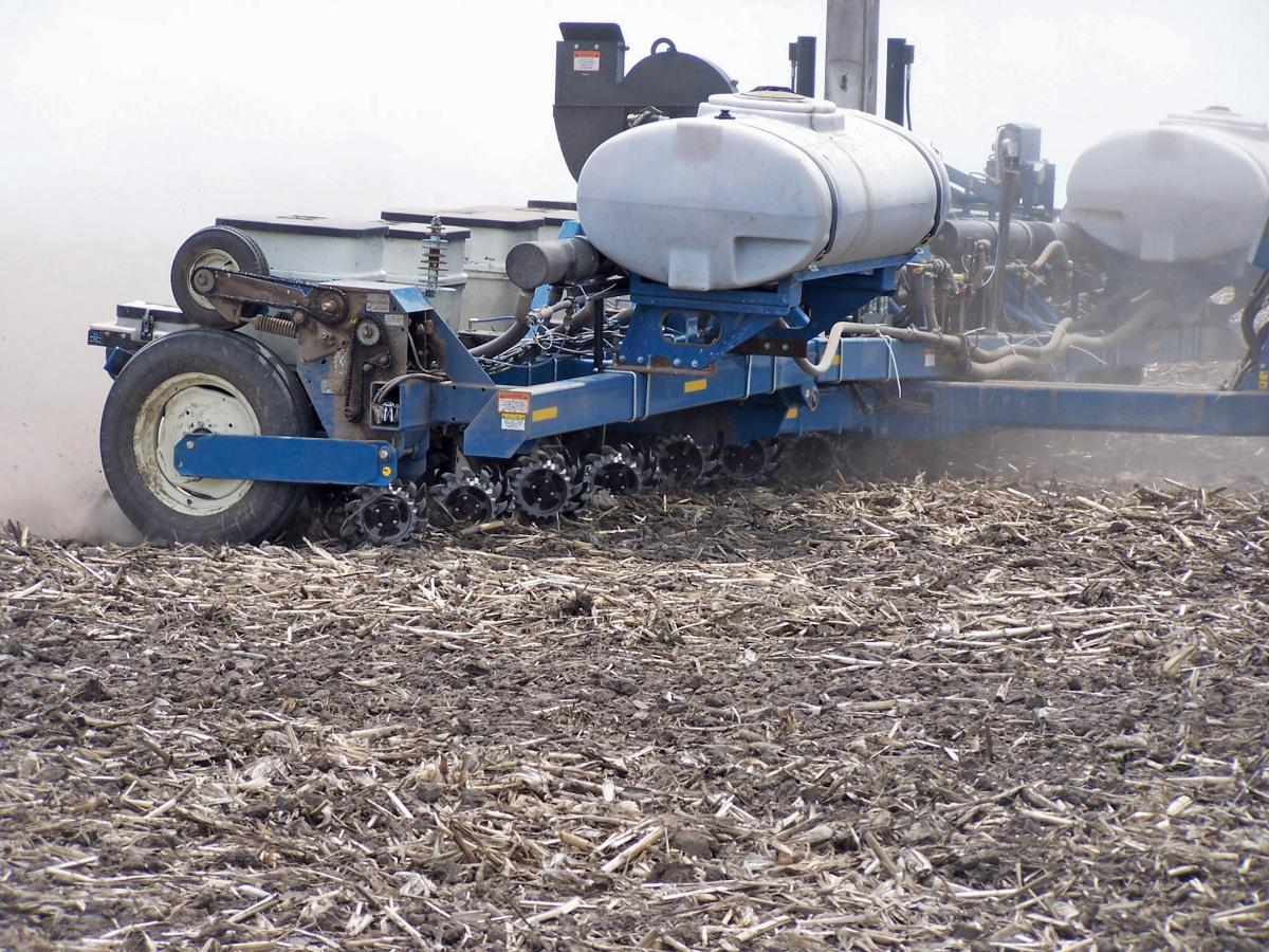 Side shot of the 2967-029-097 Floating residue managers on a Kinzie in the field