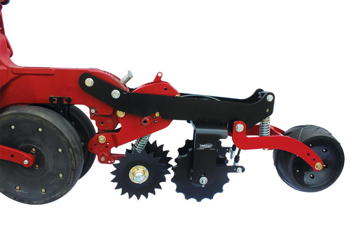 Yetter 2968 Unit Mount In-Between Dual Wheel Fertilizer Opener  on Case IH 2000 Series