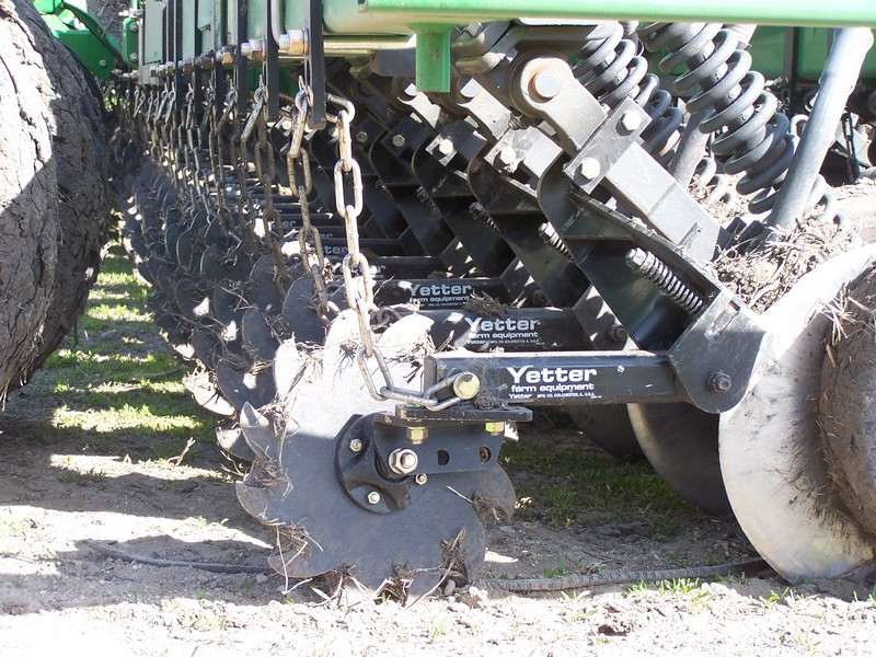 2966-002 Row Cleaner for 60/90 Opener field close up